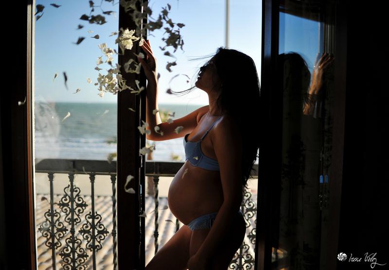 Boudoir-embarazo-hotel-playa-chipiona-cadiz